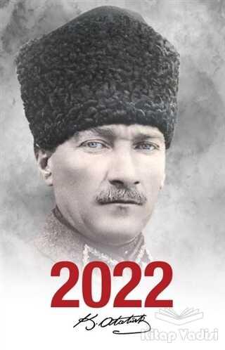 Halk Kitabevi - 2022 Atatürk Ajandası Komutan - Beyaz